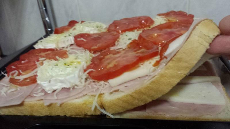PIZZA DE PA DE MOTLLE